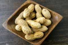 peanuts-in-a-dish_jpg_size_custom_crop_1086x721